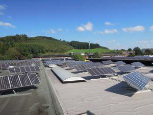 iQma_energy_Photovoltaik_Solar_Giesler_Bremke_Dach